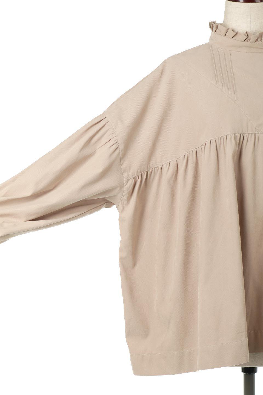 StandCollarTieBackBlouseスタンドカラー・リボンバックブラウス大人カジュアルに最適な海外ファッションのothers(その他インポートアイテム)のトップスやシャツ・ブラウス。各所にギャザーをあしらったビッグサイズブラウス。ギャザーのスタンドカラーと背中のリボンが目を引くブラウスです。/main-27