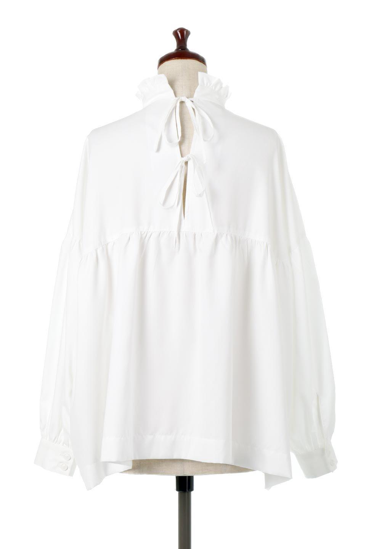 StandCollarTieBackBlouseスタンドカラー・リボンバックブラウス大人カジュアルに最適な海外ファッションのothers(その他インポートアイテム)のトップスやシャツ・ブラウス。各所にギャザーをあしらったビッグサイズブラウス。ギャザーのスタンドカラーと背中のリボンが目を引くブラウスです。/main-9