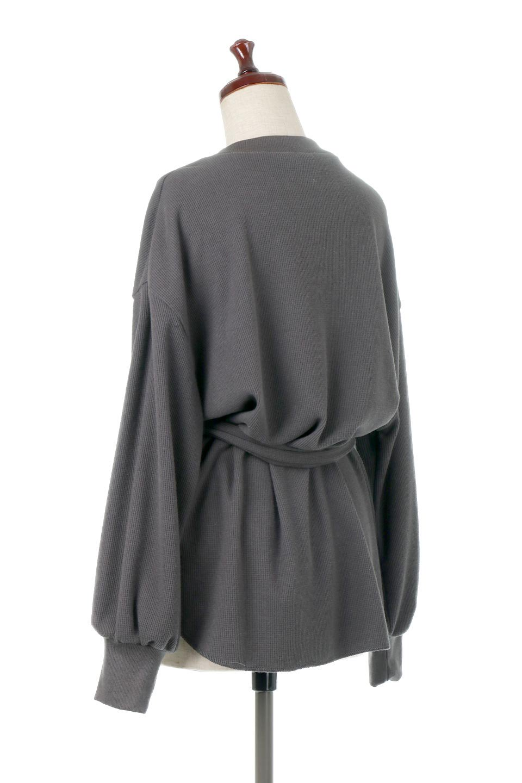 DolmanSleeveTieWaistWaffleTopドルマンスリーブ・ワッフルトップス大人カジュアルに最適な海外ファッションのothers(その他インポートアイテム)のトップスやカットソー。春に活躍するワッフル素材のカットソー。シャツより厚くスウェットより薄い生地感でまだ肌寒い春先にぴったりのアイテムです。/main-13