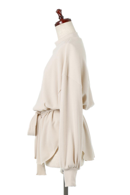 DolmanSleeveTieWaistWaffleTopドルマンスリーブ・ワッフルトップス大人カジュアルに最適な海外ファッションのothers(その他インポートアイテム)のトップスやカットソー。春に活躍するワッフル素材のカットソー。シャツより厚くスウェットより薄い生地感でまだ肌寒い春先にぴったりのアイテムです。/main-2