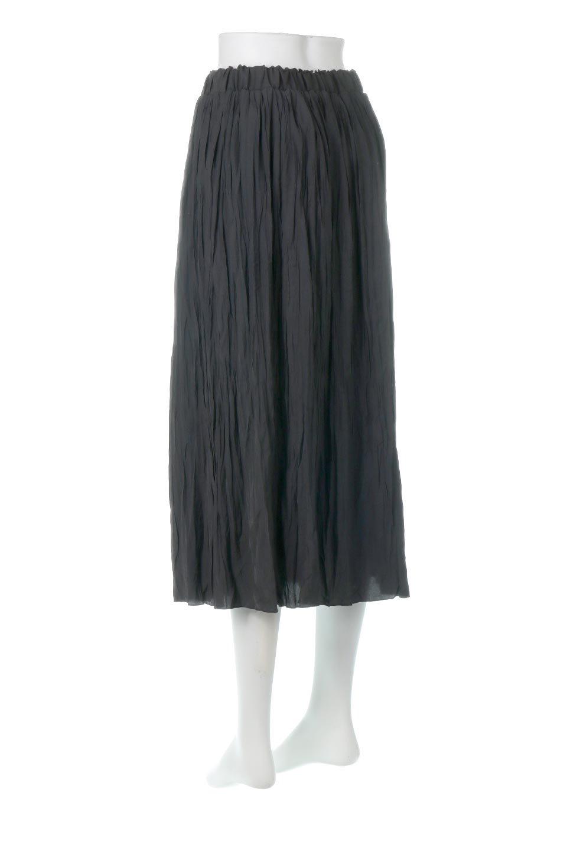 CrushPleatedLongSkirtクラッシュプリーツ・ロングスカート大人カジュアルに最適な海外ファッションのothers(その他インポートアイテム)のボトムやスカート。ヴィンテージライクなマットサテンの生地がポイントのナチュラルなプリーツスカート。生地の落ち感を利用し、生地をたっぷり使ったスカートのシルエットとボリュームを綺麗に見せるデザイン。/main-13