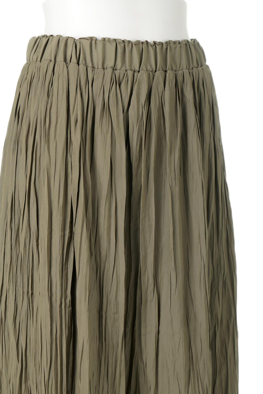 CrushPleatedLongSkirtクラッシュプリーツ・ロングスカート大人カジュアルに最適な海外ファッションのothers(その他インポートアイテム)のボトムやスカート。ヴィンテージライクなマットサテンの生地がポイントのナチュラルなプリーツスカート。生地の落ち感を利用し、生地をたっぷり使ったスカートのシルエットとボリュームを綺麗に見せるデザイン。/main-15