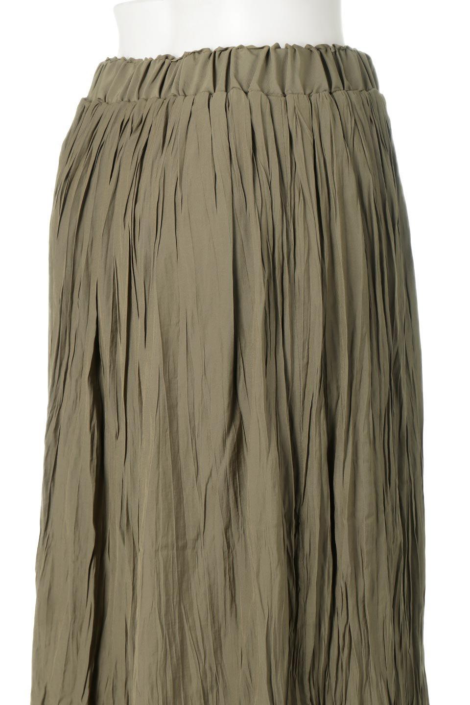 CrushPleatedLongSkirtクラッシュプリーツ・ロングスカート大人カジュアルに最適な海外ファッションのothers(その他インポートアイテム)のボトムやスカート。ヴィンテージライクなマットサテンの生地がポイントのナチュラルなプリーツスカート。生地の落ち感を利用し、生地をたっぷり使ったスカートのシルエットとボリュームを綺麗に見せるデザイン。/main-17