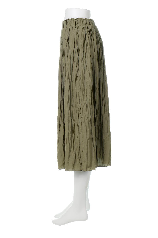 CrushPleatedLongSkirtクラッシュプリーツ・ロングスカート大人カジュアルに最適な海外ファッションのothers(その他インポートアイテム)のボトムやスカート。ヴィンテージライクなマットサテンの生地がポイントのナチュラルなプリーツスカート。生地の落ち感を利用し、生地をたっぷり使ったスカートのシルエットとボリュームを綺麗に見せるデザイン。/main-2