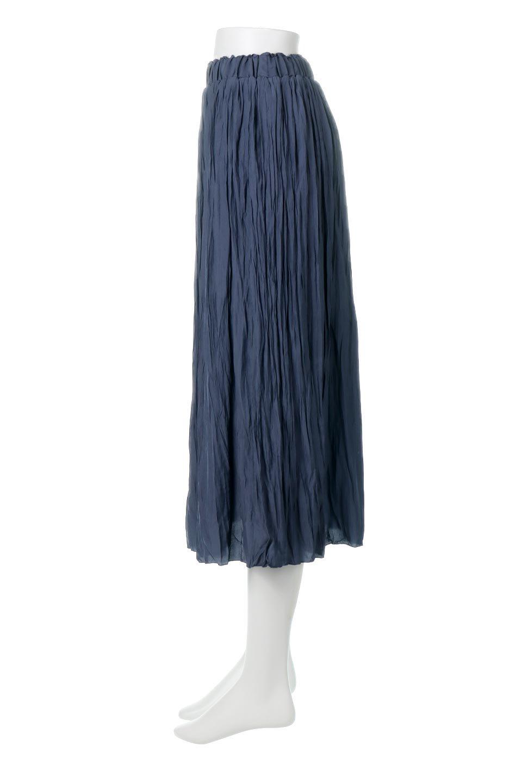 CrushPleatedLongSkirtクラッシュプリーツ・ロングスカート大人カジュアルに最適な海外ファッションのothers(その他インポートアイテム)のボトムやスカート。ヴィンテージライクなマットサテンの生地がポイントのナチュラルなプリーツスカート。生地の落ち感を利用し、生地をたっぷり使ったスカートのシルエットとボリュームを綺麗に見せるデザイン。/main-7
