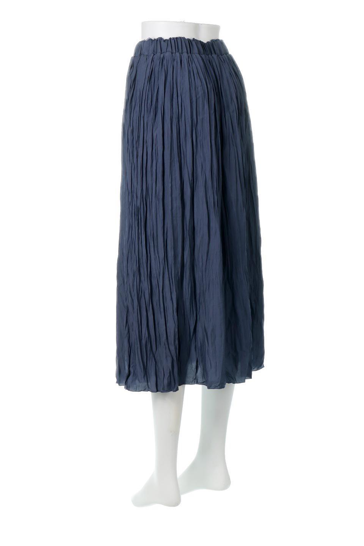 CrushPleatedLongSkirtクラッシュプリーツ・ロングスカート大人カジュアルに最適な海外ファッションのothers(その他インポートアイテム)のボトムやスカート。ヴィンテージライクなマットサテンの生地がポイントのナチュラルなプリーツスカート。生地の落ち感を利用し、生地をたっぷり使ったスカートのシルエットとボリュームを綺麗に見せるデザイン。/main-8