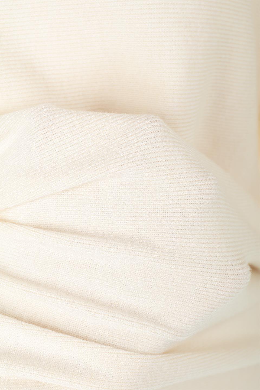 SheerShoulderDolmanKnitTopシアーショルダー・ドルマンニット大人カジュアルに最適な海外ファッションのothers(その他インポートアイテム)のトップスやニット・セーター。露出しすぎないハシゴレースが上品さを演出するドルマンニット。なめらかな質感の薄手のニットはシーズンを問わずずっと使える素材感。/main-25