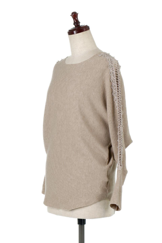 SheerShoulderDolmanKnitTopシアーショルダー・ドルマンニット大人カジュアルに最適な海外ファッションのothers(その他インポートアイテム)のトップスやニット・セーター。露出しすぎないハシゴレースが上品さを演出するドルマンニット。なめらかな質感の薄手のニットはシーズンを問わずずっと使える素材感。/main-6