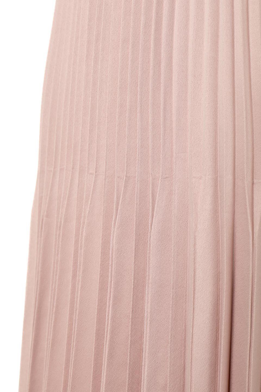 MatSatinRandomPleatedSkirtランダムプリーツ・ロングスカート大人カジュアルに最適な海外ファッションのothers(その他インポートアイテム)のボトムやスカート。光沢を抑えたマットな質感のサテン生地を使用したプリーツスカート。肌離れが良いサラッとした素材とウエストゴムでストレスフリーな穿き心地もおすすめポイント。/main-13