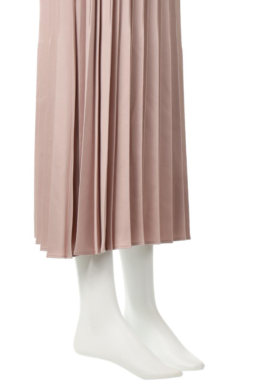 MatSatinRandomPleatedSkirtランダムプリーツ・ロングスカート大人カジュアルに最適な海外ファッションのothers(その他インポートアイテム)のボトムやスカート。光沢を抑えたマットな質感のサテン生地を使用したプリーツスカート。肌離れが良いサラッとした素材とウエストゴムでストレスフリーな穿き心地もおすすめポイント。/main-16