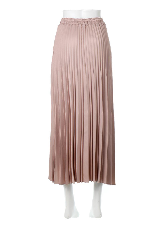 MatSatinRandomPleatedSkirtランダムプリーツ・ロングスカート大人カジュアルに最適な海外ファッションのothers(その他インポートアイテム)のボトムやスカート。光沢を抑えたマットな質感のサテン生地を使用したプリーツスカート。肌離れが良いサラッとした素材とウエストゴムでストレスフリーな穿き心地もおすすめポイント。/main-4
