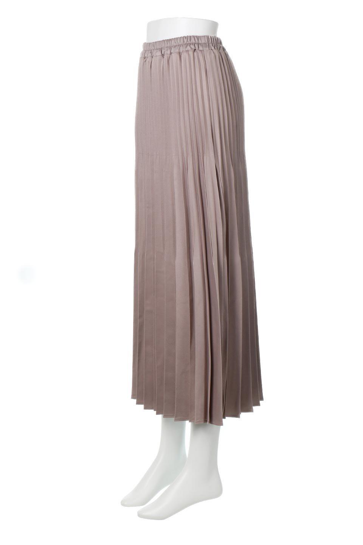 MatSatinRandomPleatedSkirtランダムプリーツ・ロングスカート大人カジュアルに最適な海外ファッションのothers(その他インポートアイテム)のボトムやスカート。光沢を抑えたマットな質感のサテン生地を使用したプリーツスカート。肌離れが良いサラッとした素材とウエストゴムでストレスフリーな穿き心地もおすすめポイント。/main-6