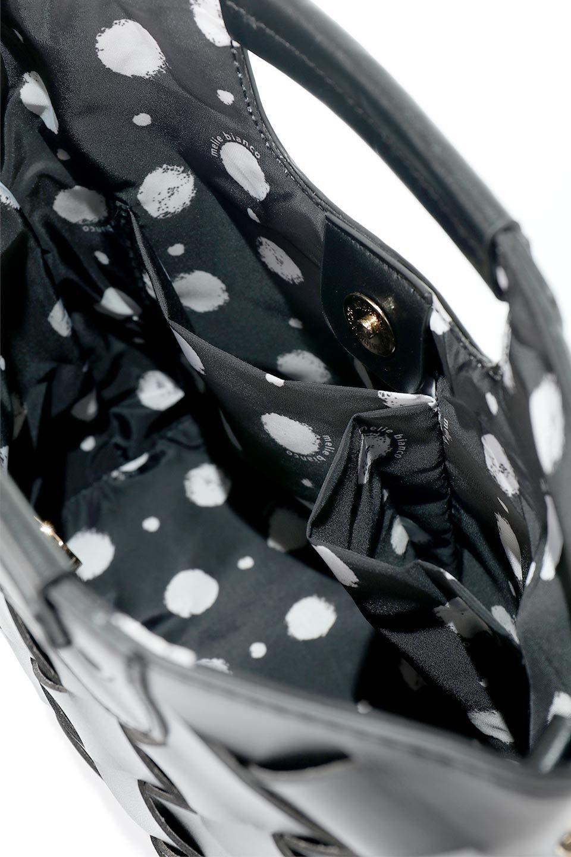 meliebiancoのEllen(Black)2Way・編み込みハンドバッグ/海外ファッション好きにオススメのインポートバッグとかばん、MelieBianco(メリービアンコ)のバッグやハンドバッグ。可愛い大きさの編み込みハンドバッグ。しっとりとしたプレミアム・ビーガンレザーをメッシュ状に編み込んだ2Wayタイプ。/main-10