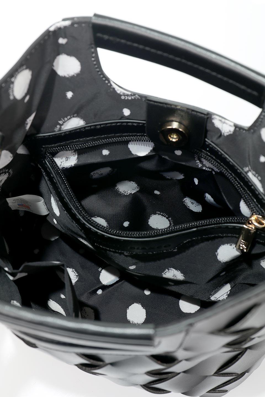 meliebiancoのEllen(Black)2Way・編み込みハンドバッグ/海外ファッション好きにオススメのインポートバッグとかばん、MelieBianco(メリービアンコ)のバッグやハンドバッグ。可愛い大きさの編み込みハンドバッグ。しっとりとしたプレミアム・ビーガンレザーをメッシュ状に編み込んだ2Wayタイプ。/main-11