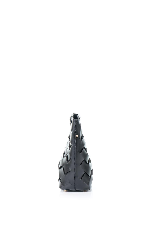 meliebiancoのEllen(Black)2Way・編み込みハンドバッグ/海外ファッション好きにオススメのインポートバッグとかばん、MelieBianco(メリービアンコ)のバッグやハンドバッグ。可愛い大きさの編み込みハンドバッグ。しっとりとしたプレミアム・ビーガンレザーをメッシュ状に編み込んだ2Wayタイプ。/main-2