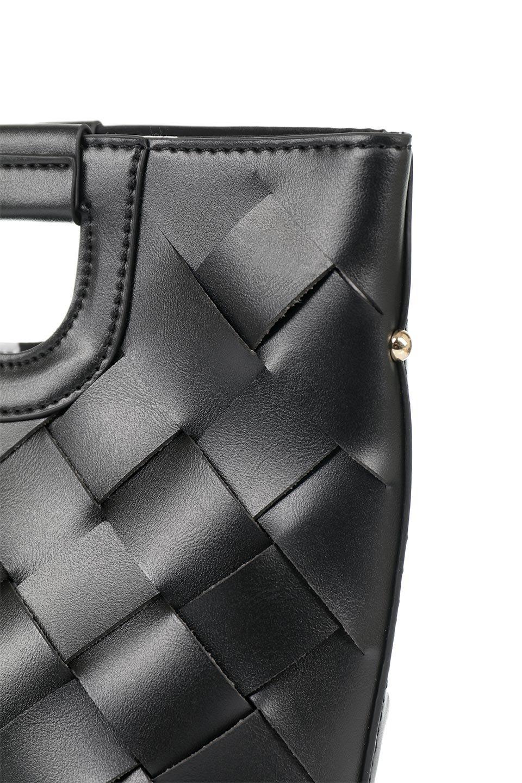 meliebiancoのEllen(Black)2Way・編み込みハンドバッグ/海外ファッション好きにオススメのインポートバッグとかばん、MelieBianco(メリービアンコ)のバッグやハンドバッグ。可愛い大きさの編み込みハンドバッグ。しっとりとしたプレミアム・ビーガンレザーをメッシュ状に編み込んだ2Wayタイプ。/main-6