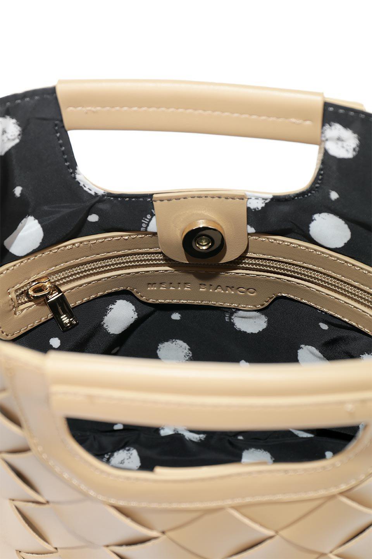 meliebiancoのEllen(Nude)2Way・編み込みハンドバッグ/海外ファッション好きにオススメのインポートバッグとかばん、MelieBianco(メリービアンコ)のバッグやハンドバッグ。可愛い大きさの編み込みハンドバッグ。しっとりとしたプレミアム・ビーガンレザーをメッシュ状に編み込んだ2Wayタイプ。/main-8