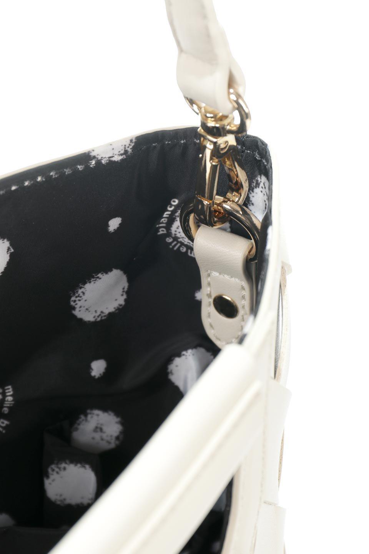 meliebiancoのEllen(Bone)2Way・編み込みハンドバッグ/海外ファッション好きにオススメのインポートバッグとかばん、MelieBianco(メリービアンコ)のバッグやハンドバッグ。可愛い大きさの編み込みハンドバッグ。しっとりとしたプレミアム・ビーガンレザーをメッシュ状に編み込んだ2Wayタイプ。/main-11