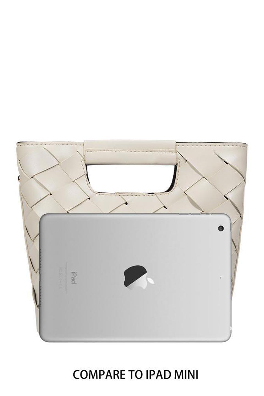 meliebiancoのEllen(Bone)2Way・編み込みハンドバッグ/海外ファッション好きにオススメのインポートバッグとかばん、MelieBianco(メリービアンコ)のバッグやハンドバッグ。可愛い大きさの編み込みハンドバッグ。しっとりとしたプレミアム・ビーガンレザーをメッシュ状に編み込んだ2Wayタイプ。/main-13