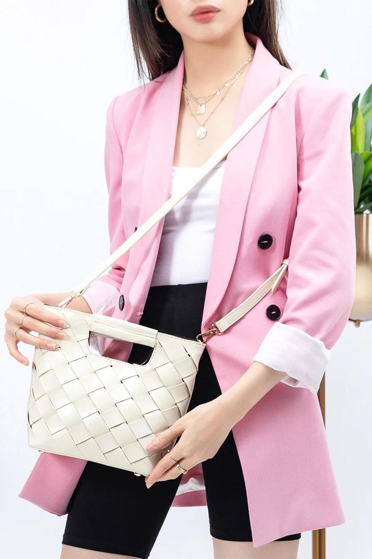 meliebiancoのEllen(Bone)2Way・編み込みハンドバッグ/海外ファッション好きにオススメのインポートバッグとかばん、MelieBianco(メリービアンコ)のバッグやハンドバッグ。可愛い大きさの編み込みハンドバッグ。しっとりとしたプレミアム・ビーガンレザーをメッシュ状に編み込んだ2Wayタイプ。/main-14
