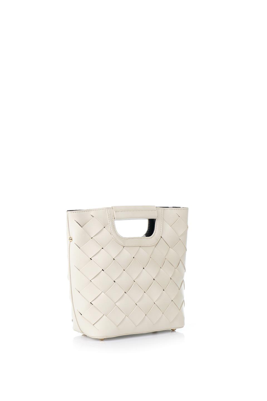 meliebiancoのEllen(Bone)2Way・編み込みハンドバッグ/海外ファッション好きにオススメのインポートバッグとかばん、MelieBianco(メリービアンコ)のバッグやハンドバッグ。可愛い大きさの編み込みハンドバッグ。しっとりとしたプレミアム・ビーガンレザーをメッシュ状に編み込んだ2Wayタイプ。/main-3