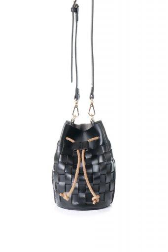 海外ファッションや大人カジュアルのためのインポートバッグ、かばんmelie bianco(メリービアンコ)のJody (Black) 編み込み・巾着ミニショルダーバッグ