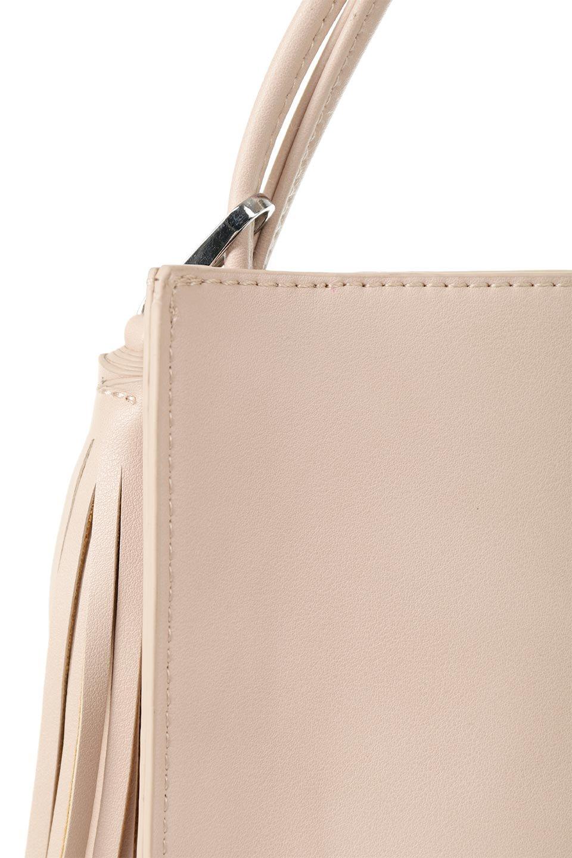 meliebiancoのJaniceLarge(Blush)タッセル付き・ノットストラップバッグ/海外ファッション好きにオススメのインポートバッグとかばん、MelieBianco(メリービアンコ)のバッグやショルダーバッグ。スリムでスッキリとしたデザインのショルダーバッグ。ノット(結び目)付きのストラップが可愛いアクセントになっています。/main-8