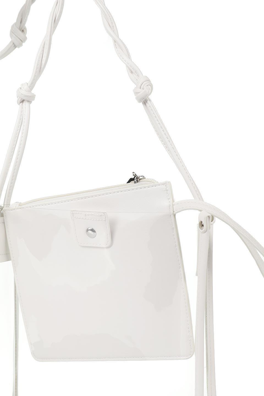meliebiancoのJaniceLargeClear(White)タッセル付き・ノットストラップクリアバッグ/海外ファッション好きにオススメのインポートバッグとかばん、MelieBianco(メリービアンコ)のバッグやショルダーバッグ。シンプルデザインのジャニスのクリアージョン。昨年から人気継続中のクリアバッグは今期も注目のアイテムです。/main-11