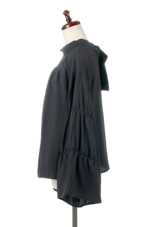 BackRibbonFlareSleeveBlouseフレアスリーブ・バックリボンブラウス大人カジュアルに最適な海外ファッションのothers(その他インポートアイテム)のトップスやシャツ・ブラウス。クレープ素材の透け感が上品なフレアスリーブ・ブラウス。袖と胸元のギャザーから生まれるドレープも素敵なアイテムです。/main-11