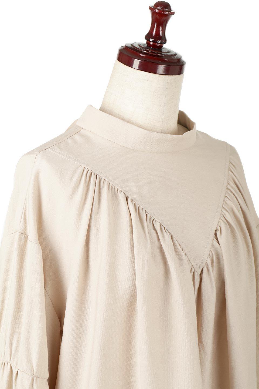 BackRibbonFlareSleeveBlouseフレアスリーブ・バックリボンブラウス大人カジュアルに最適な海外ファッションのothers(その他インポートアイテム)のトップスやシャツ・ブラウス。クレープ素材の透け感が上品なフレアスリーブ・ブラウス。袖と胸元のギャザーから生まれるドレープも素敵なアイテムです。/main-15