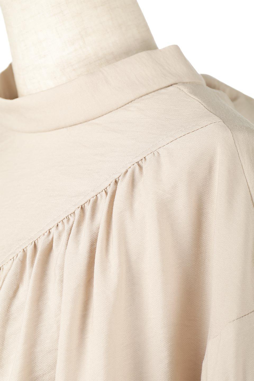 BackRibbonFlareSleeveBlouseフレアスリーブ・バックリボンブラウス大人カジュアルに最適な海外ファッションのothers(その他インポートアイテム)のトップスやシャツ・ブラウス。クレープ素材の透け感が上品なフレアスリーブ・ブラウス。袖と胸元のギャザーから生まれるドレープも素敵なアイテムです。/main-16