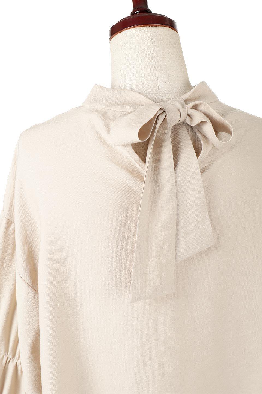 BackRibbonFlareSleeveBlouseフレアスリーブ・バックリボンブラウス大人カジュアルに最適な海外ファッションのothers(その他インポートアイテム)のトップスやシャツ・ブラウス。クレープ素材の透け感が上品なフレアスリーブ・ブラウス。袖と胸元のギャザーから生まれるドレープも素敵なアイテムです。/main-17
