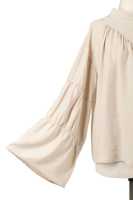 BackRibbonFlareSleeveBlouseフレアスリーブ・バックリボンブラウス大人カジュアルに最適な海外ファッションのothers(その他インポートアイテム)のトップスやシャツ・ブラウス。クレープ素材の透け感が上品なフレアスリーブ・ブラウス。袖と胸元のギャザーから生まれるドレープも素敵なアイテムです。/main-19