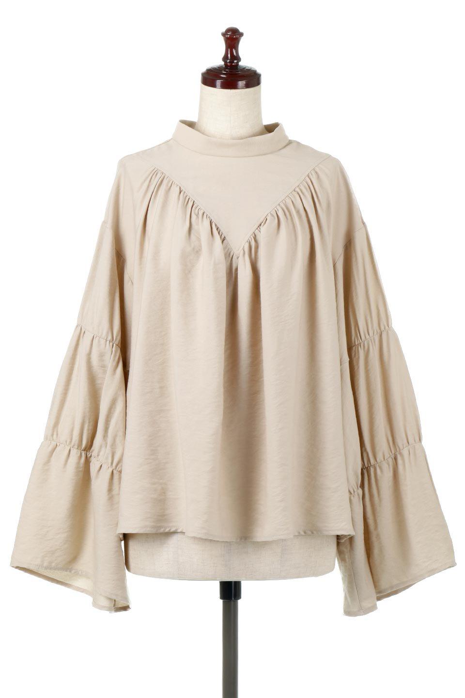 BackRibbonFlareSleeveBlouseフレアスリーブ・バックリボンブラウス大人カジュアルに最適な海外ファッションのothers(その他インポートアイテム)のトップスやシャツ・ブラウス。クレープ素材の透け感が上品なフレアスリーブ・ブラウス。袖と胸元のギャザーから生まれるドレープも素敵なアイテムです。/main-5