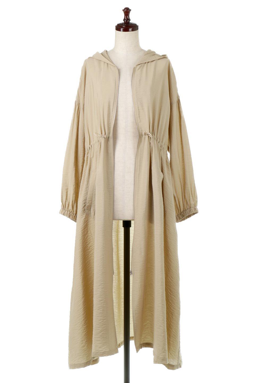 ZipOpenHoodieLongGownフルジップ・フード付きガウンコート大人カジュアルに最適な海外ファッションのothers(その他インポートアイテム)のアウターやコート。春の風が待ち遠しいロング丈のフード付きガウンコート。クラッシュサテンのブラウスのような軽やかな素材感です。