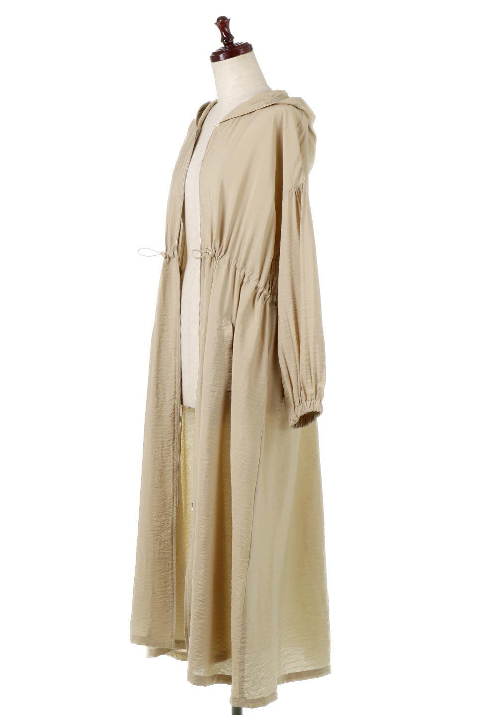 ZipOpenHoodieLongGownフルジップ・フード付きガウンコート大人カジュアルに最適な海外ファッションのothers(その他インポートアイテム)のアウターやコート。春の風が待ち遠しいロング丈のフード付きガウンコート。クラッシュサテンのブラウスのような軽やかな素材感です。/main-1