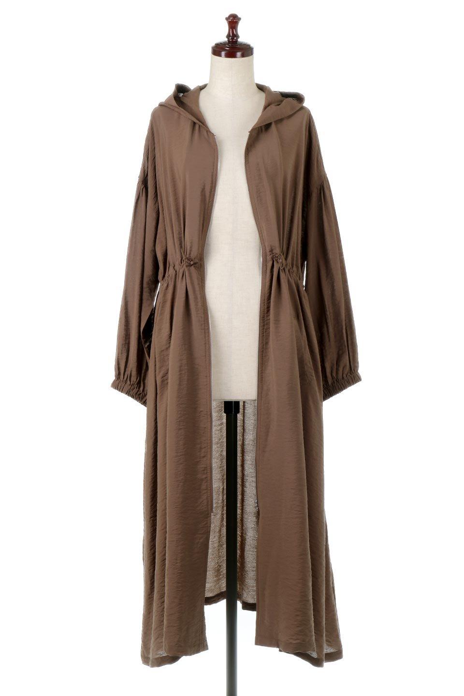 ZipOpenHoodieLongGownフルジップ・フード付きガウンコート大人カジュアルに最適な海外ファッションのothers(その他インポートアイテム)のアウターやコート。春の風が待ち遠しいロング丈のフード付きガウンコート。クラッシュサテンのブラウスのような軽やかな素材感です。/main-10