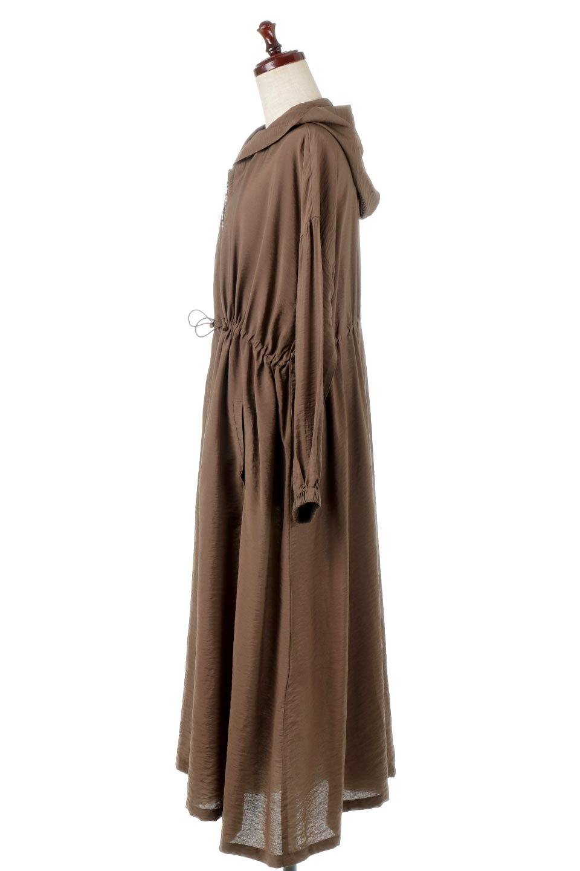 ZipOpenHoodieLongGownフルジップ・フード付きガウンコート大人カジュアルに最適な海外ファッションのothers(その他インポートアイテム)のアウターやコート。春の風が待ち遠しいロング丈のフード付きガウンコート。クラッシュサテンのブラウスのような軽やかな素材感です。/main-12