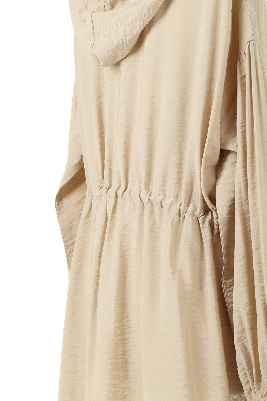 ZipOpenHoodieLongGownフルジップ・フード付きガウンコート大人カジュアルに最適な海外ファッションのothers(その他インポートアイテム)のアウターやコート。春の風が待ち遠しいロング丈のフード付きガウンコート。クラッシュサテンのブラウスのような軽やかな素材感です。/main-17