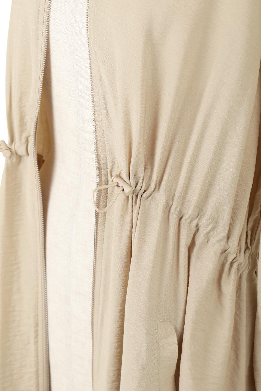 ZipOpenHoodieLongGownフルジップ・フード付きガウンコート大人カジュアルに最適な海外ファッションのothers(その他インポートアイテム)のアウターやコート。春の風が待ち遠しいロング丈のフード付きガウンコート。クラッシュサテンのブラウスのような軽やかな素材感です。/main-18