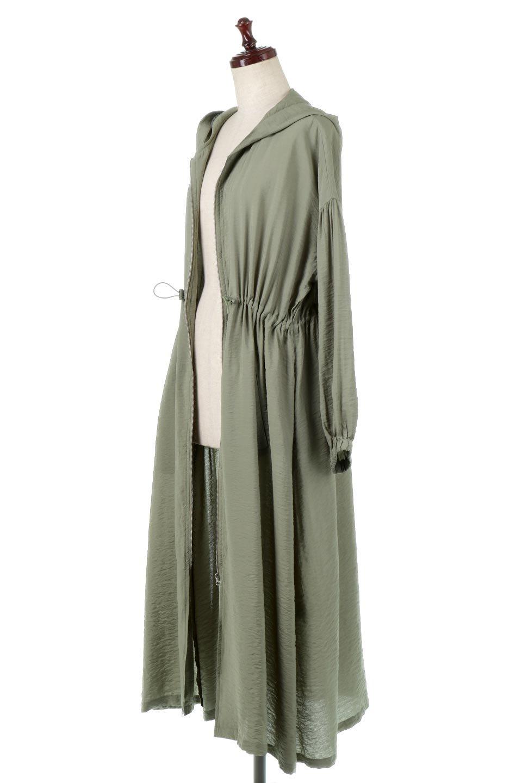 ZipOpenHoodieLongGownフルジップ・フード付きガウンコート大人カジュアルに最適な海外ファッションのothers(その他インポートアイテム)のアウターやコート。春の風が待ち遠しいロング丈のフード付きガウンコート。クラッシュサテンのブラウスのような軽やかな素材感です。/main-6