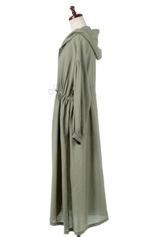 ZipOpenHoodieLongGownフルジップ・フード付きガウンコート大人カジュアルに最適な海外ファッションのothers(その他インポートアイテム)のアウターやコート。春の風が待ち遠しいロング丈のフード付きガウンコート。クラッシュサテンのブラウスのような軽やかな素材感です。/main-7