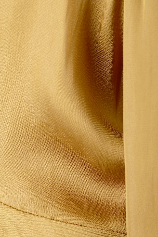 TwistedFrontDetailMaxiDressフロントツイスト・サテンマキシワンピースfromL.A.大人カジュアルに最適な海外ファッションのothers(その他インポートアイテム)のワンピースやマキシワンピース。大人の雰囲気を醸し出すサテンの長袖ワンピース。上品な光沢のサテン地はその場を華やかにしてくれます。/main-14