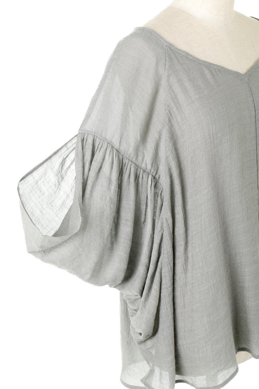 ButterflySleeveCocoonBlouseバタフライスリーブ・コクーンブラウスfromL.A.大人カジュアルに最適な海外ファッションのothers(その他インポートアイテム)のトップスやシャツ・ブラウス。透け感が人気のシアー素材のカジュアルブラウス。ヒラヒラ揺れる袖がとても可愛いデザインです。/main-9