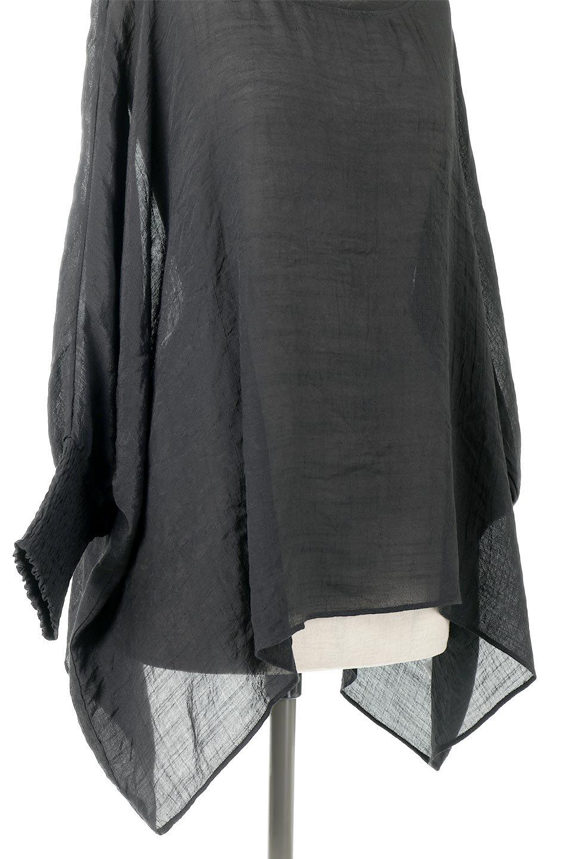 SmockedSleeveWideBlouseドルマンスリーブ・ワイドブラウスfromL.A.大人カジュアルに最適な海外ファッションのothers(その他インポートアイテム)のトップスやシャツ・ブラウス。春夏におススメのシアー素材のドルマンブラウス。カジュアルなシルエットですが、ブラックなら子供っぽくなりません。/main-13