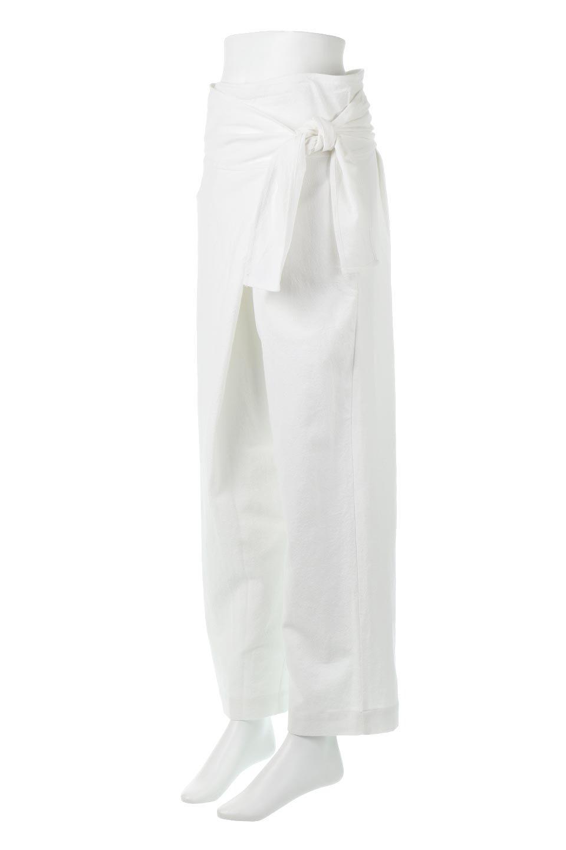 LinenBlendWideLegWrapPants麻混・ワイドラップパンツfromL.A.大人カジュアルに最適な海外ファッションのothers(その他インポートアイテム)のボトムやパンツ。ウエストのリボンがアクセントのラップパンツ。清潔感のある麻混の生地は張りがあり、細見えのシルエットが崩れません。/main-1