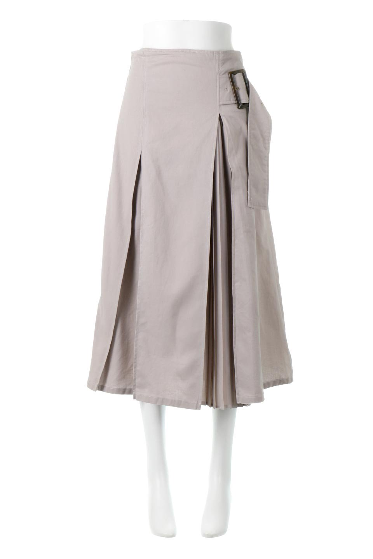 PleatedPanelFlareSkirtプリーツ切り替え・フレアスカート大人カジュアルに最適な海外ファッションのothers(その他インポートアイテム)のボトムやスカート。タックの合間からプリーツが覗く、アシメデザインのフレアスカート。左右で深さの違うタックとプリーツの切り替えがアクセント。/main-10