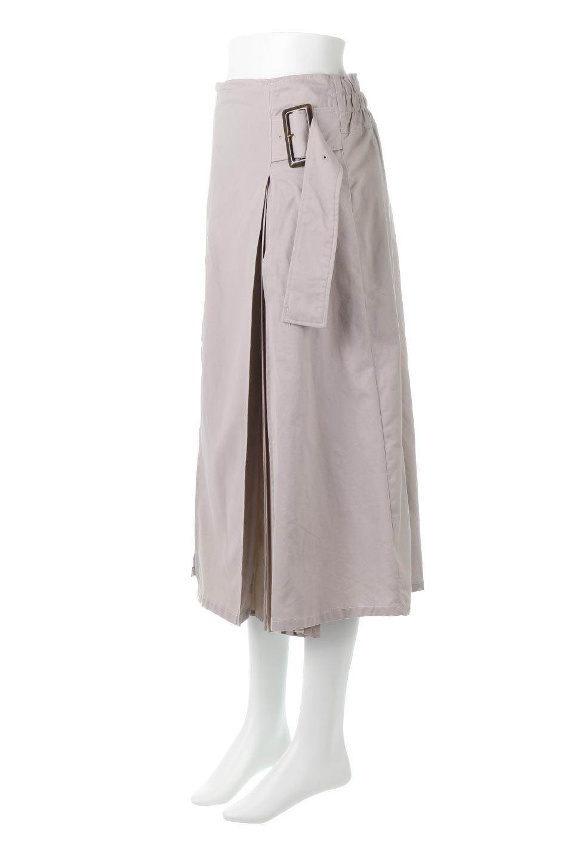 PleatedPanelFlareSkirtプリーツ切り替え・フレアスカート大人カジュアルに最適な海外ファッションのothers(その他インポートアイテム)のボトムやスカート。タックの合間からプリーツが覗く、アシメデザインのフレアスカート。左右で深さの違うタックとプリーツの切り替えがアクセント。/main-11