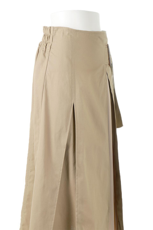 PleatedPanelFlareSkirtプリーツ切り替え・フレアスカート大人カジュアルに最適な海外ファッションのothers(その他インポートアイテム)のボトムやスカート。タックの合間からプリーツが覗く、アシメデザインのフレアスカート。左右で深さの違うタックとプリーツの切り替えがアクセント。/main-15