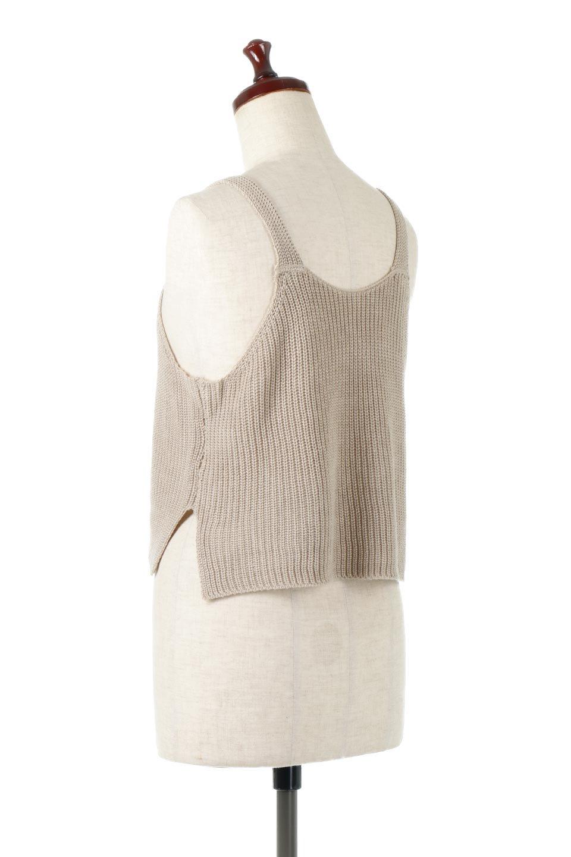 SideSlitKnitCamisoleサイドスリット・ニットキャミソール大人カジュアルに最適な海外ファッションのothers(その他インポートアイテム)のトップスやニット・セーター。ミニマルなデザインが可愛いニットのキャミソール。風通しの良い肩畦編みで夏まで楽しめるアイテムです。/main-8